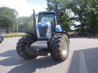 New Holland T 8010
