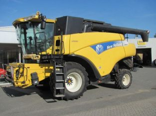 Kombajn New Holland CR 960