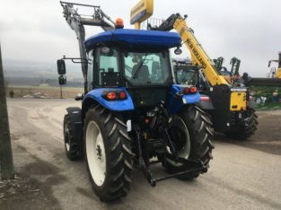 Traktor New Holland TD5.85 (Tier 4A)