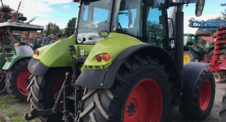 Traktor Claas Arion 540