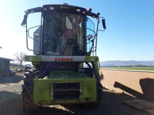 Claas Avero 240